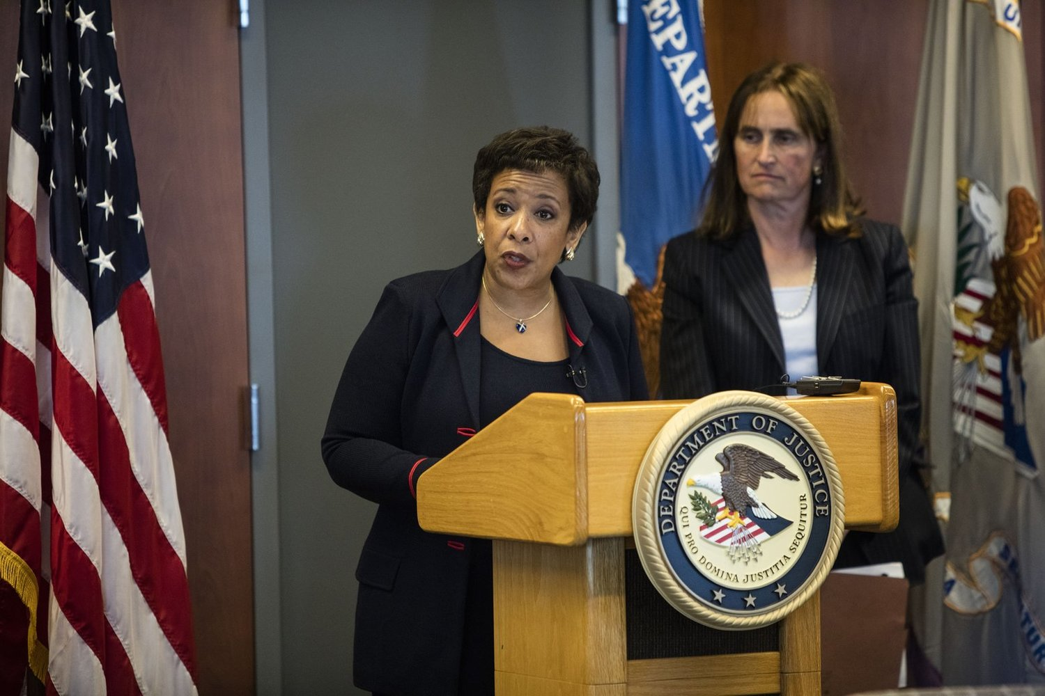 U S  Attorney General Lynch Lauds Seattle Police for Reform