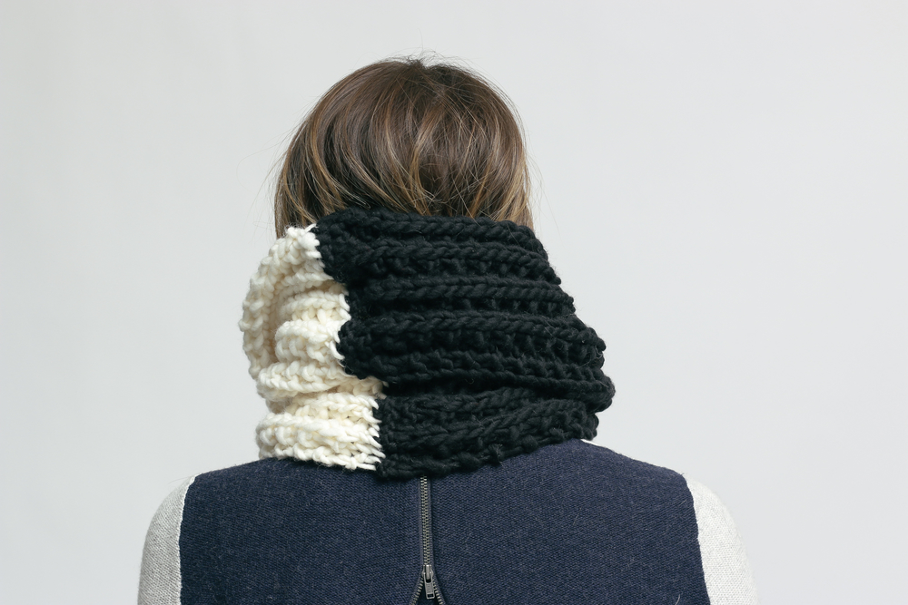 two tone twist circle scarf BW.jpg