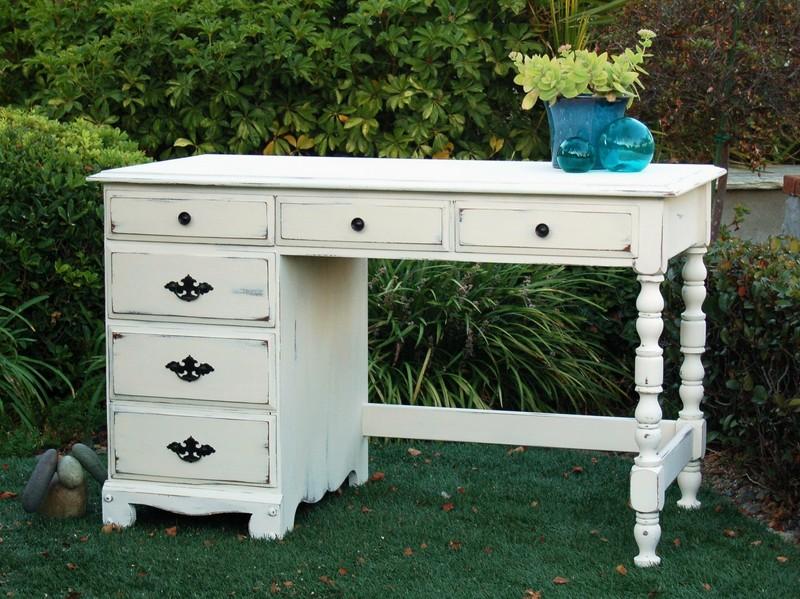 Beachy White Desk