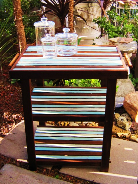 Beachy Striped Table