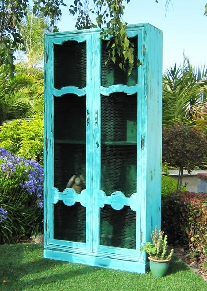 Aqua Cabinet