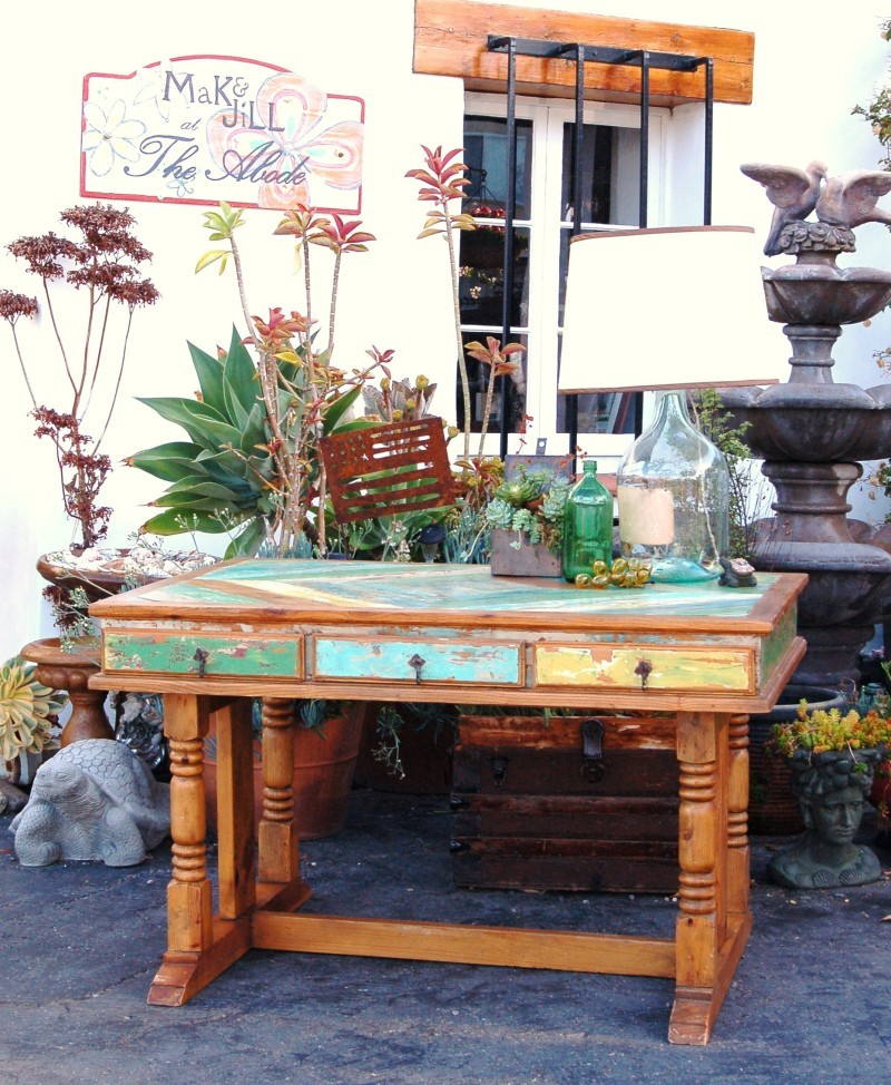 MaKandJiLL Boat Wood Desk 1.JPG