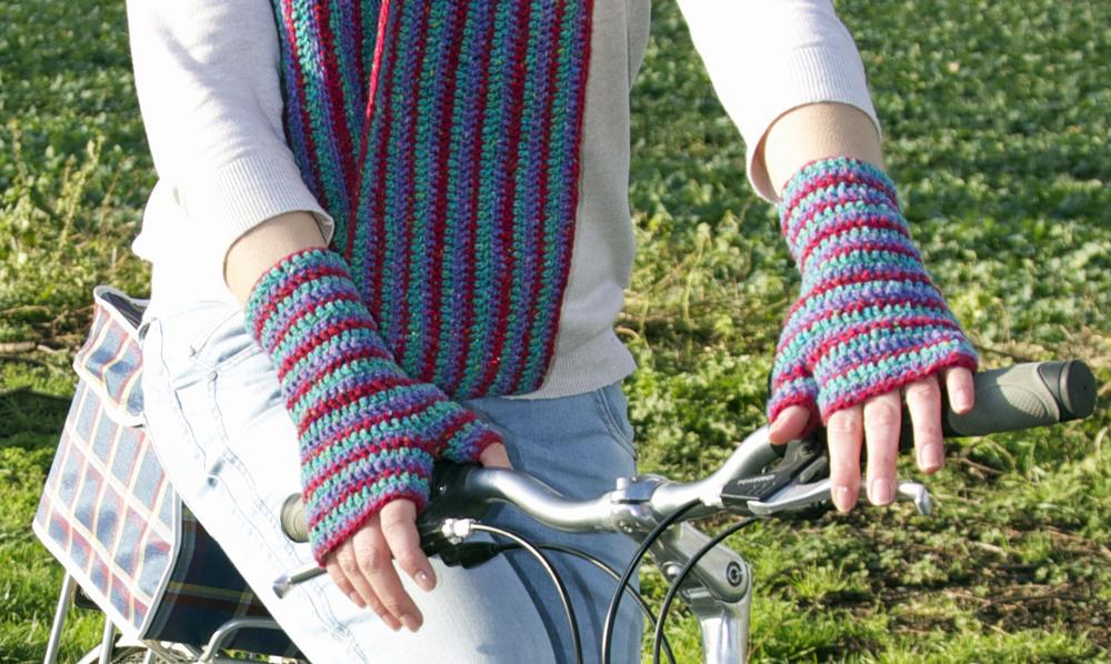 Handlebar Hands 07