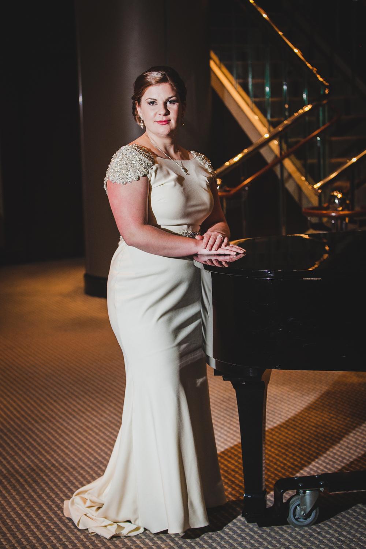 roaring-twenties-wedding-at-the-murphy-audiotorium-driehaus-museum-oriana-koren-8341.jpg