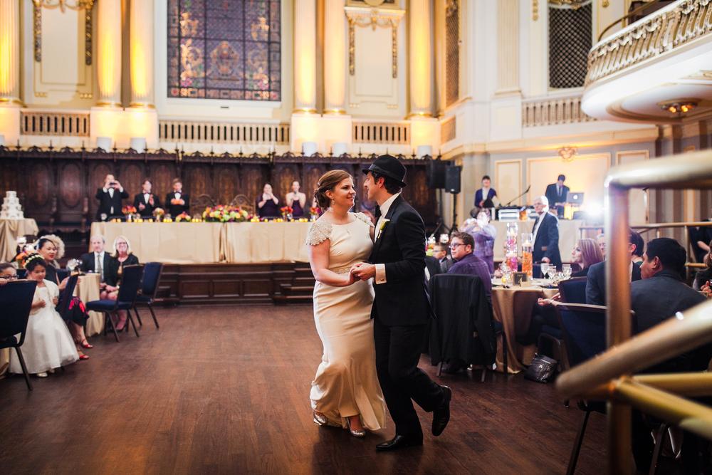 roaring-twenties-wedding-at-the-murphy-audiotorium-driehaus-museum-oriana-koren-9079.jpg