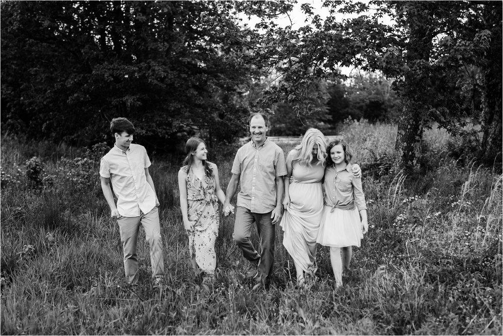 llmb_familyphotography_cookeville_0024.jpg