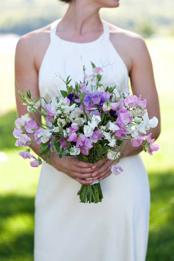 Photo by  Kate Crabtree Photography ; Bouquet by  Sweet Pea Gardens