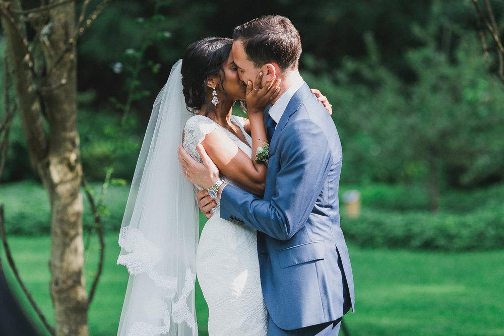 Melissa & Thomas's Bailey Arboretum Wedding