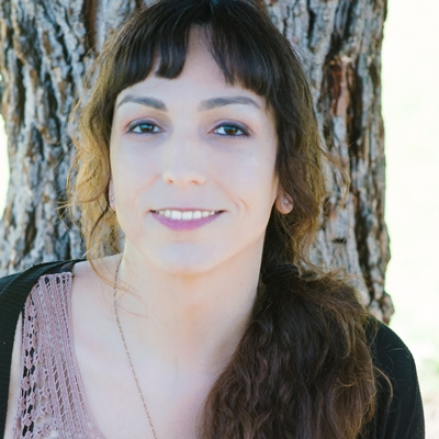 Stephanie Hernandez,MA, MFTi CLINICIAN