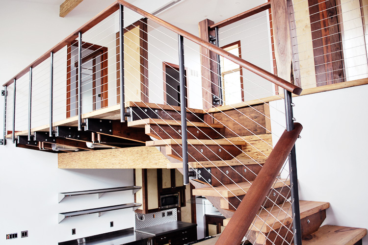 933_interiorstairs_750.jpg