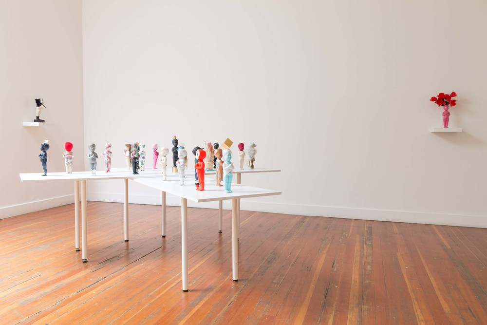 Installation view of  NIÑO X CAMINO