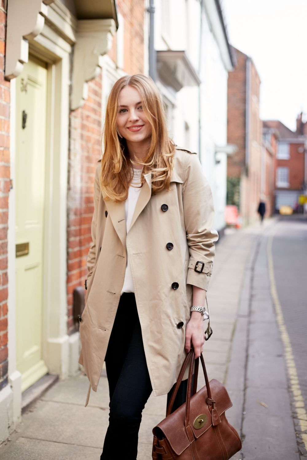 Burberry London - The Kensington Trench Coat