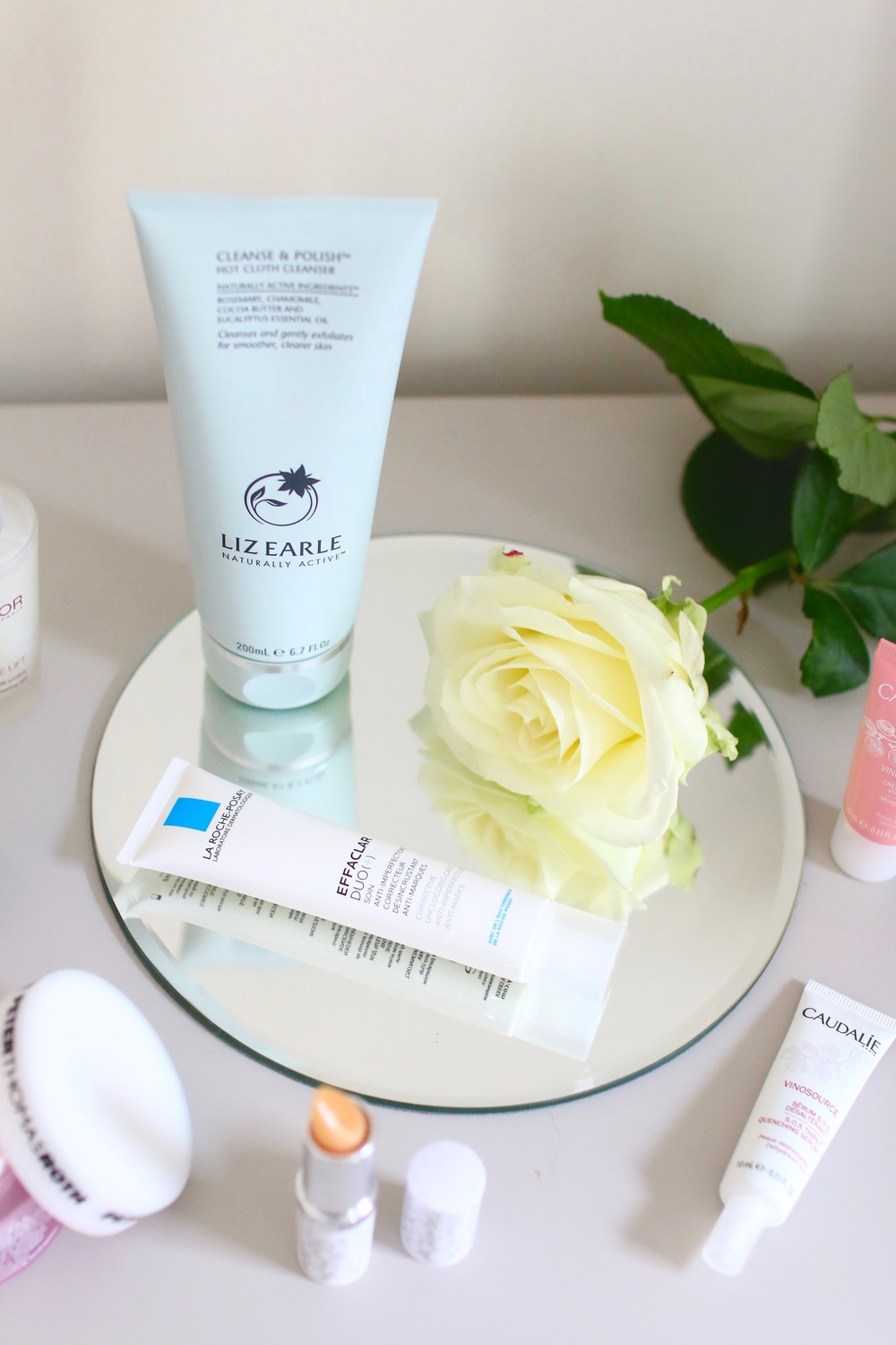 Liz Earle Cleanse & Polish Hot Cloth Cleanser La Roche-Posay Effacer Duo (+)