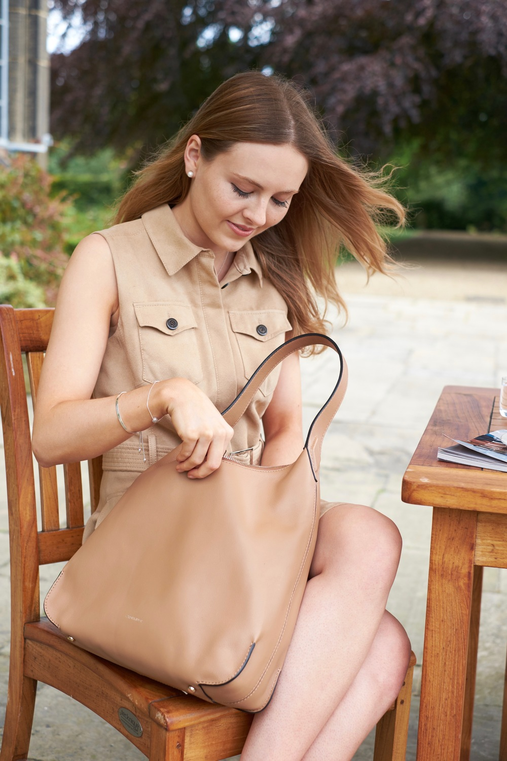 Leather Colour-Block Sling Bag