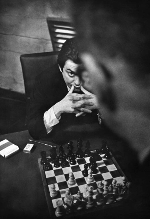 kubrick playing chess
