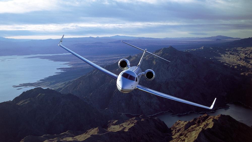private_jet_business_free_wallpaper.jpg