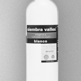 SIEMBRA VALLES Tequila | Lowlands