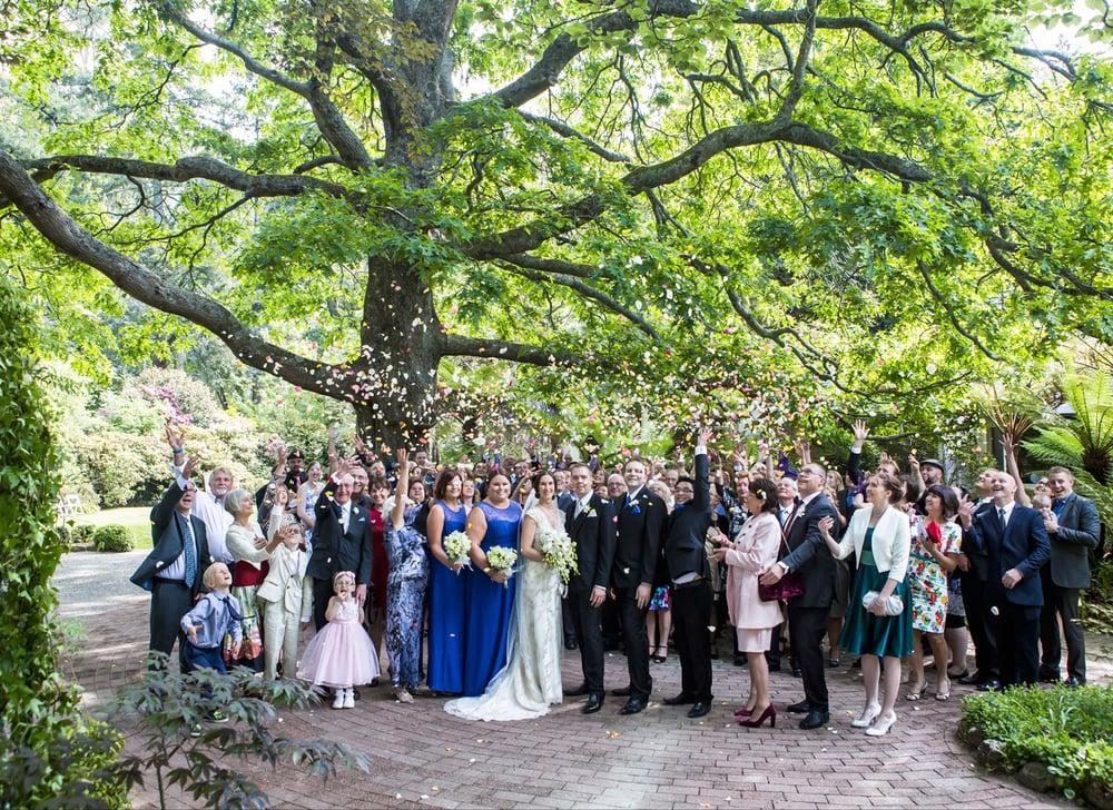 castlemaine-daylesford-bendigo-wedding-photographer-kate-deagan-wedding-album (30).jpg