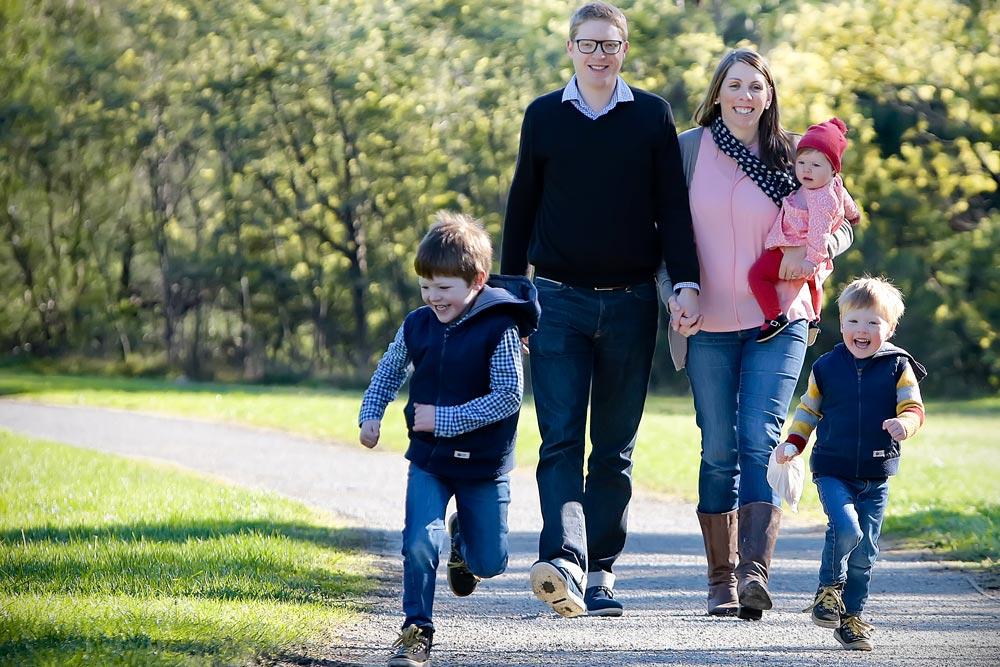 kate-deagan-natural-candid-family-portraits-3 (3).jpg