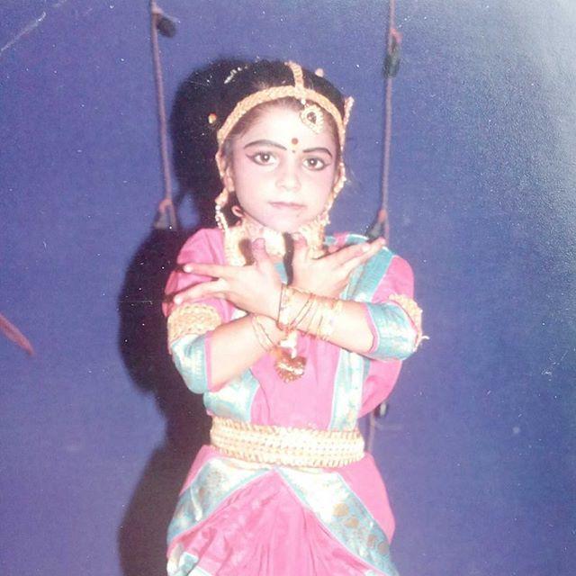 Check out #qbcteacher @indianamehta in her #1stProfessionalDanceGig at age 6! Love the commitment in that face! #dance #professionaldancer #quickballchange #qbc #danceeducator #tbt