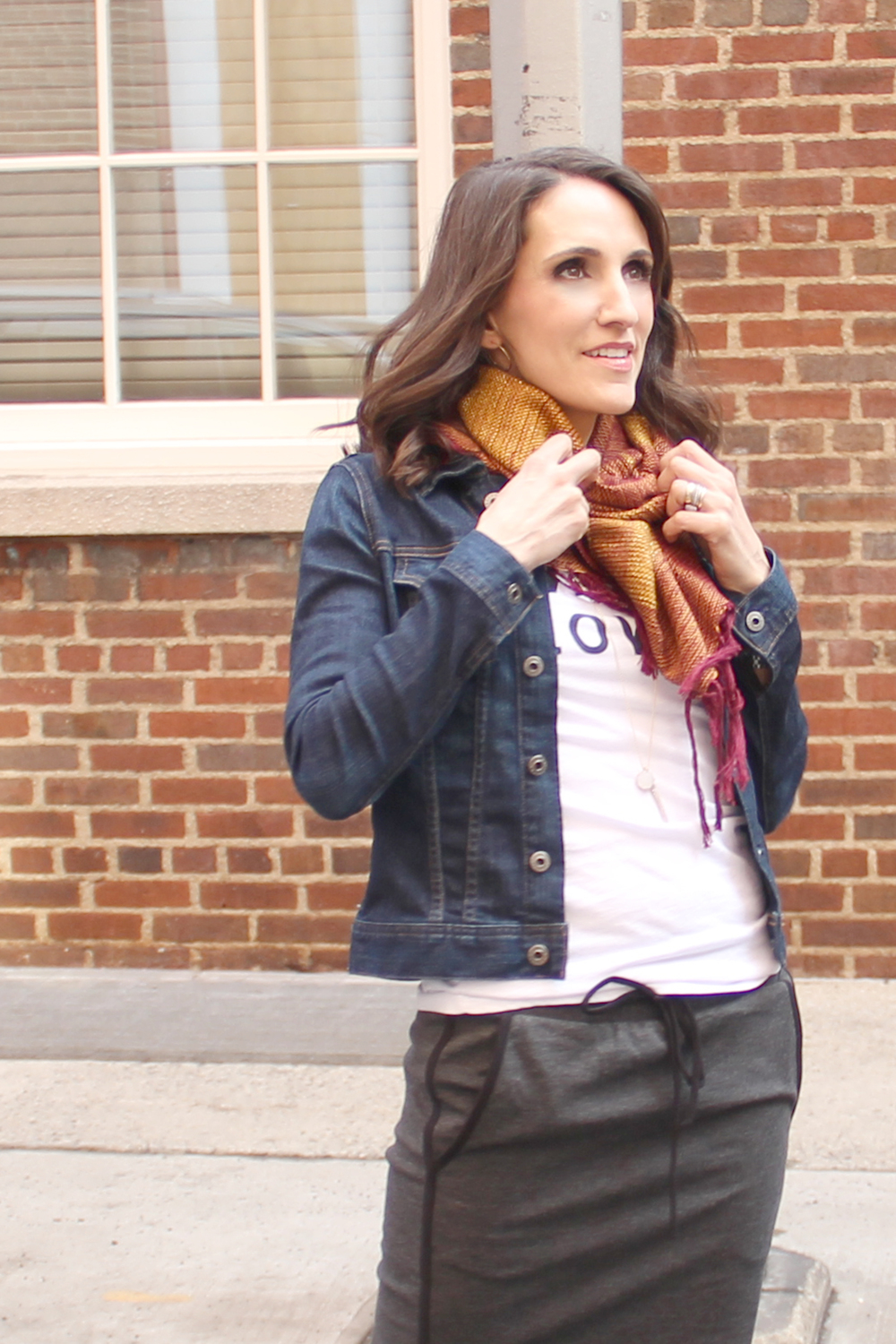spotlight on amber kane scarves with discount code nichole dot nyc