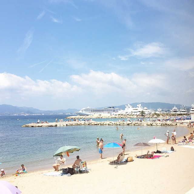 Noon run in #Cannes. #unebellevie
