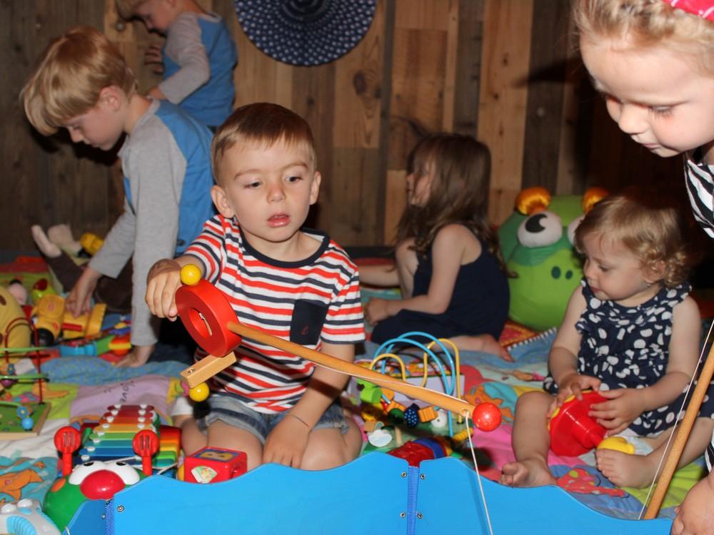 Chválím i dětský koutek pro děti, Lukáška to málo kde baví... Lovení rybek TOP!