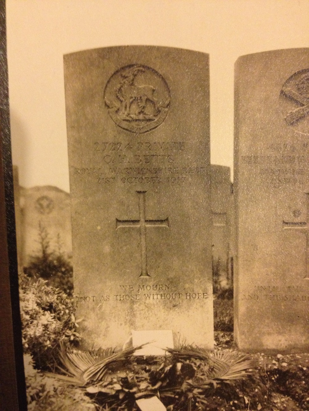 Pte C Betts headstone.jpg