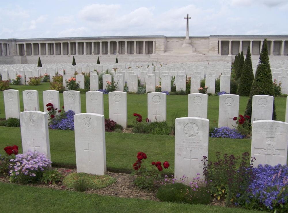 Pozieres British Cemetery, Ovilliers-La Boiselle