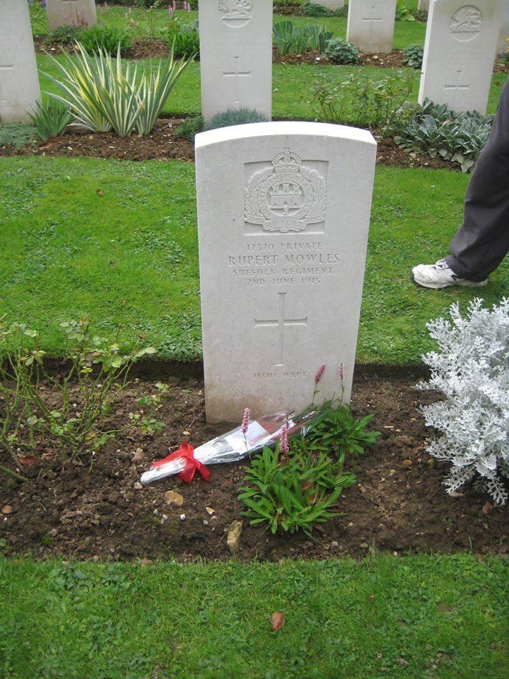 Rupert Mowles grave.jpg