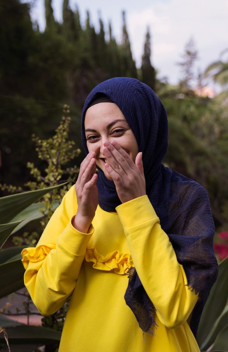 woman laughing gran canaria
