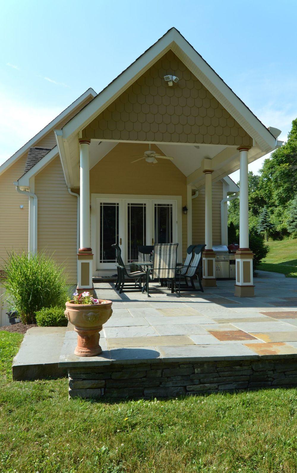 Beautiful patio in Pine Island NY
