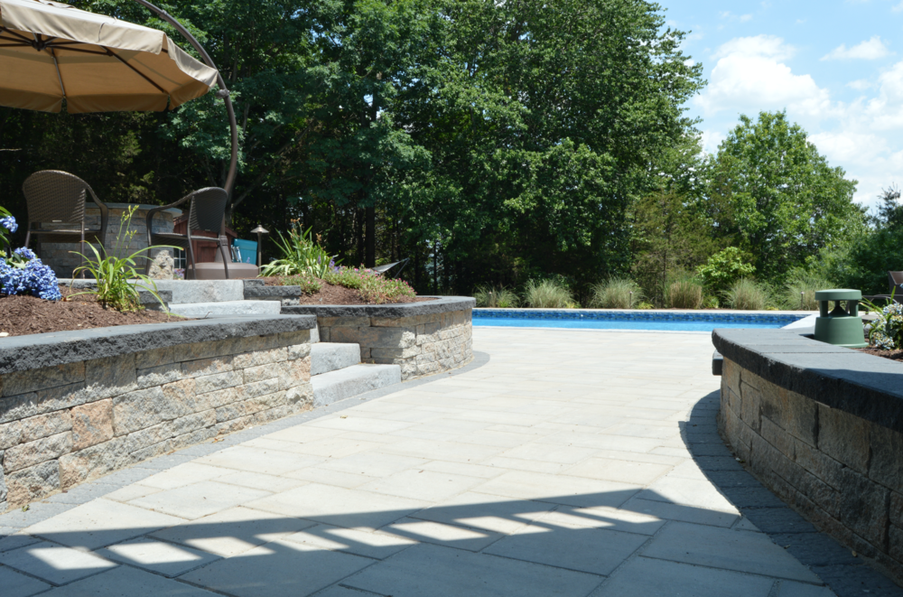 Swimming pool patio in Sugarloaf, NY