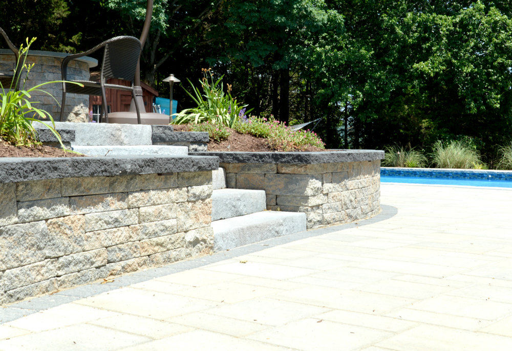 Retaining Wall Options for Warwick, NY: Natural Stone, Concrete Veneer or Painted Plaster