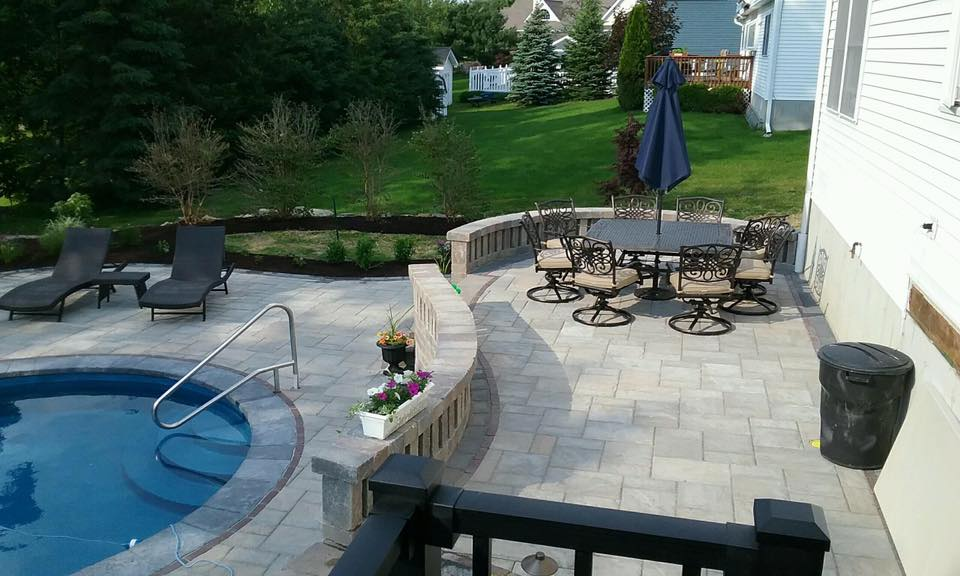 Does Your Warwick NY Patio Need Outdoor Rooms?