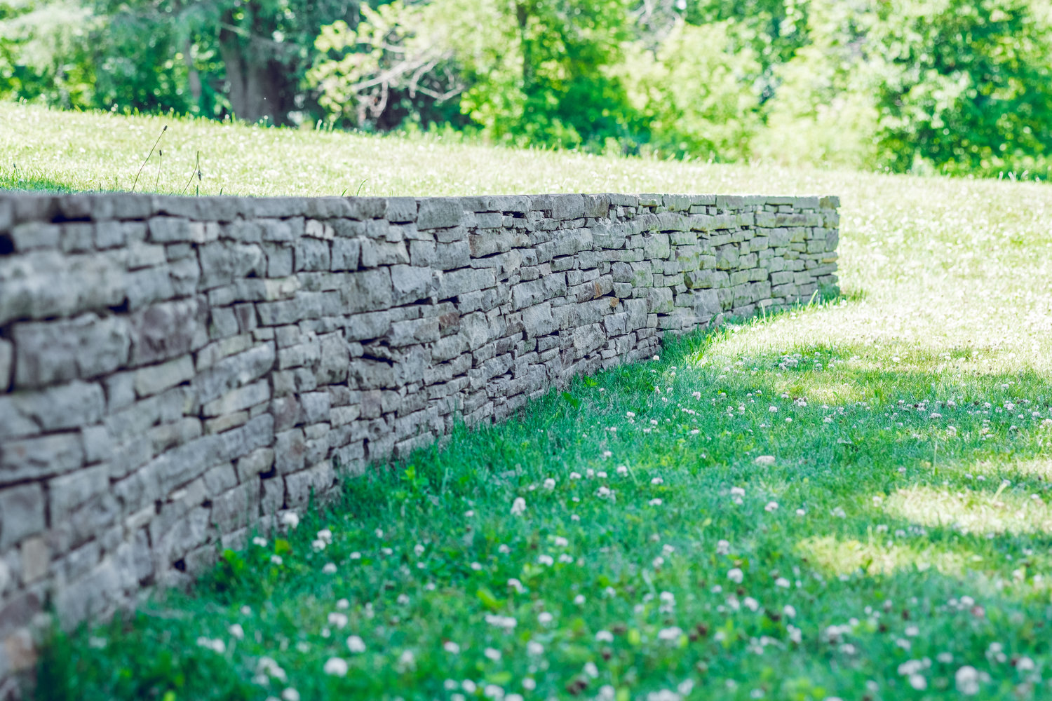5 Natural Stone Landscaping Ideas For Your Monroe Ny Backyard