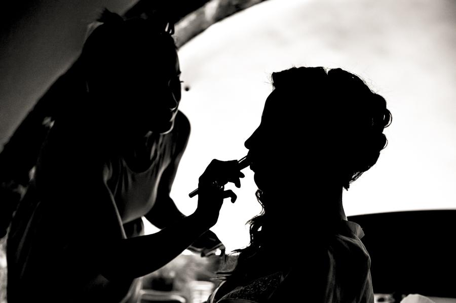 08_Destination_Wedding_in_Monemvasia_make up_shadow.jpg