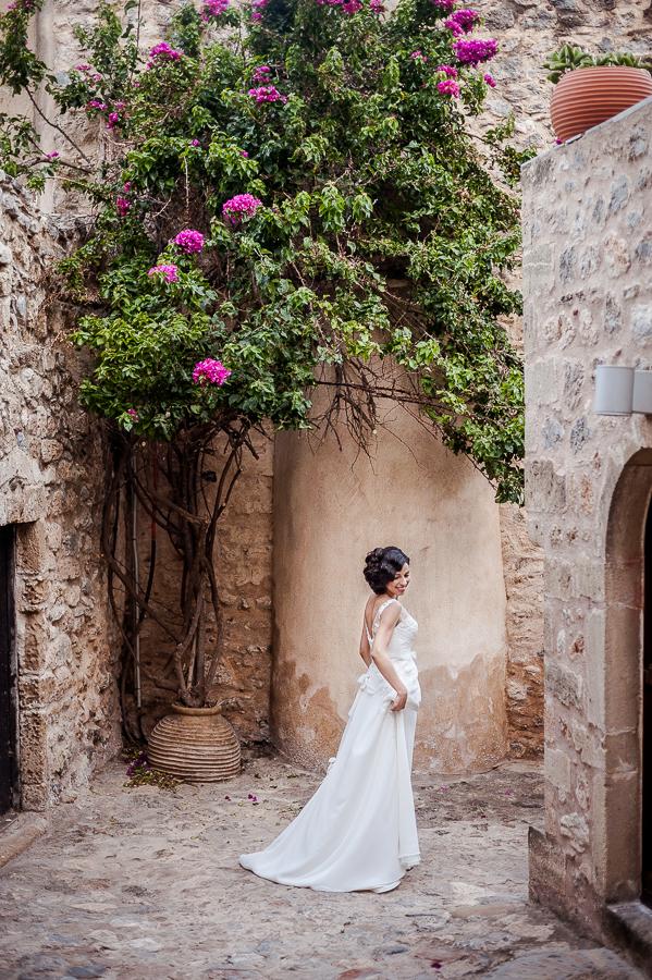 20_Destination_Wedding_in_Monemvasia_bride.jpg