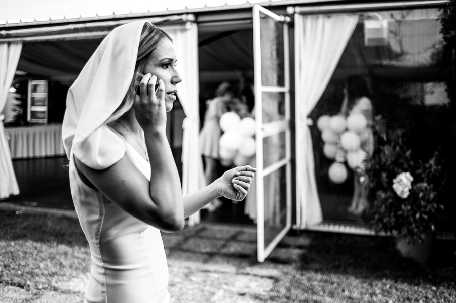 17_Wedding_In_Athens_Koropi_bridal_last_minute_phonecall.jpg