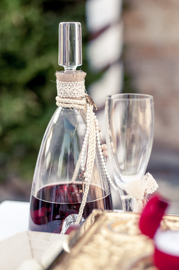 20_Wedding_In_Athens_Koropi_bridal_wine.jpg