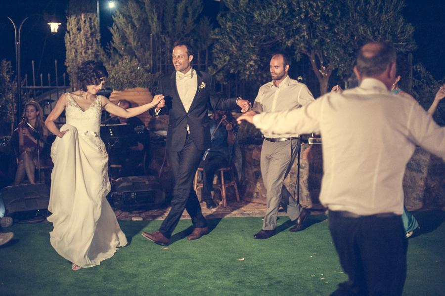 54_Destination_Wedding_in_Monemvasia_dance.jpg