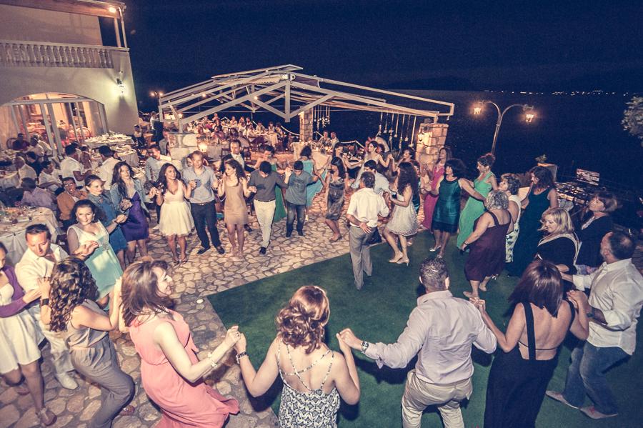 55_Destination_Wedding_in_Monemvasia_dance.jpg