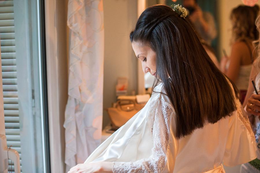 22 προετοιμασία νύφης σε σπίτι.jpg