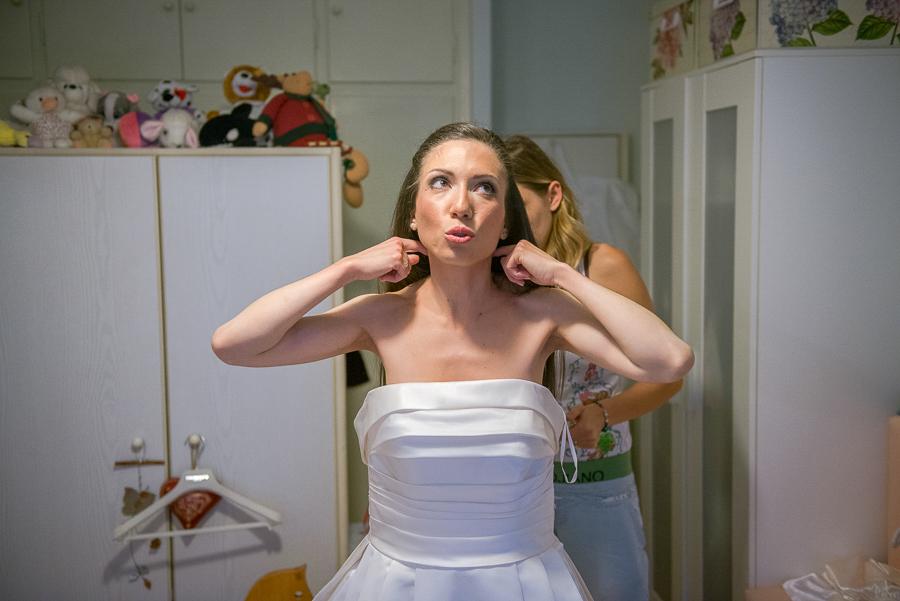 25 filothei wedding bride preperations.jpg