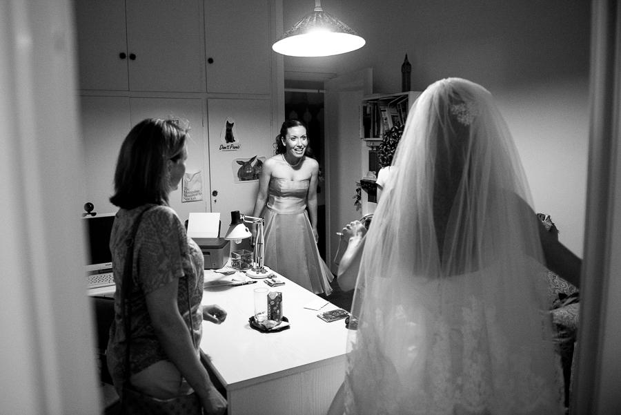37 filothei wedding bride preperations.jpg