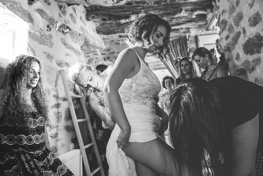 64_Wedding in Folegandros bride 2.jpg