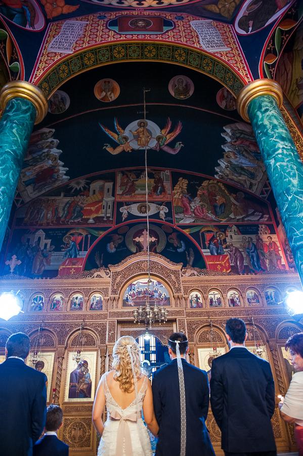 122 γάμος στο αγρίνιο εσωτερικό εκκλησίας.jpg