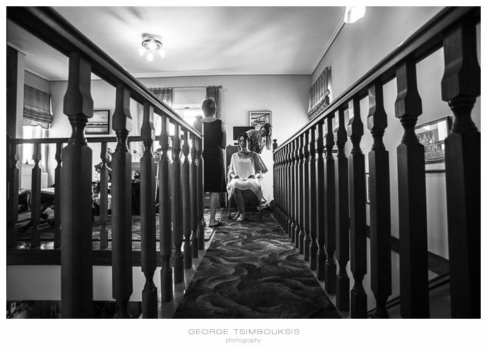 16 Γάμος στην Αθήνα προετοιμασία νύφης σκάλα.jpg