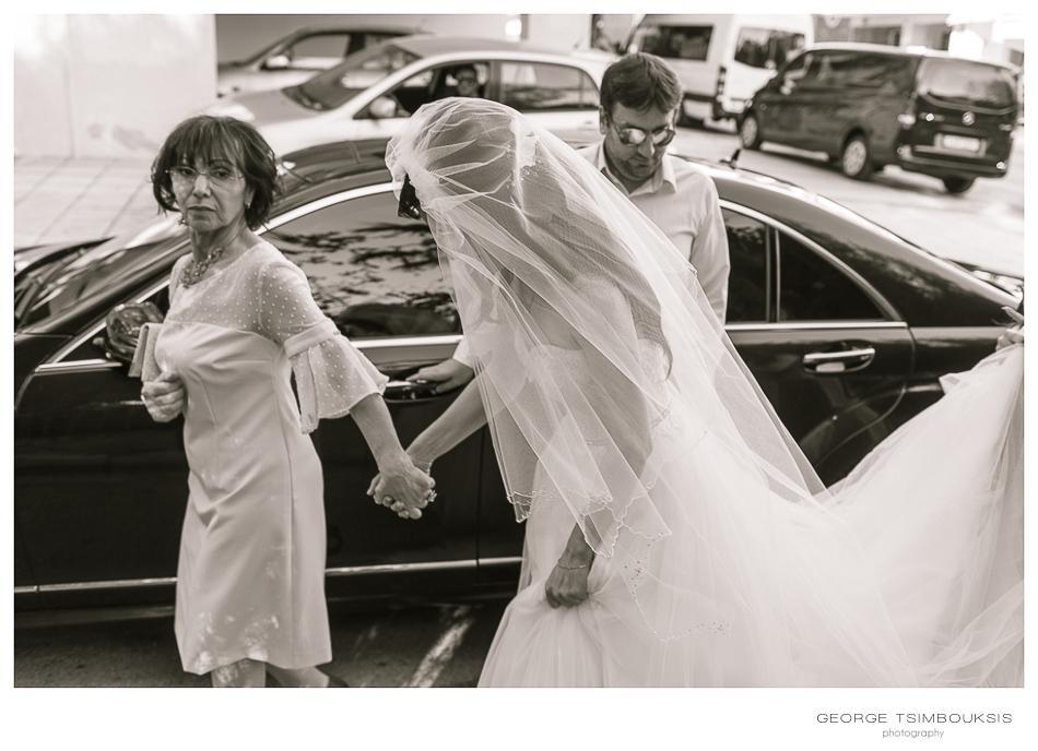 68_Wedding in Thessaloniki Bride's car.jpg