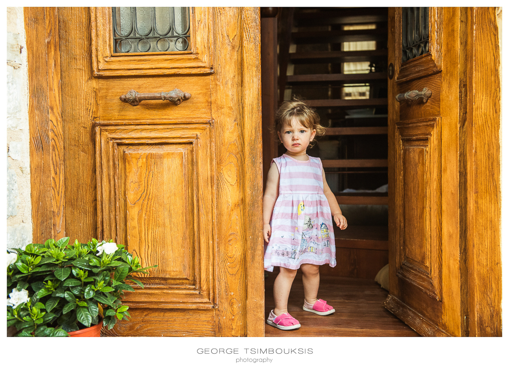 21_Wedding in Mystras_ little girl.jpg